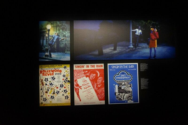 Vue de l'exposition Comédies Musicales (c) Arts in the city (1)