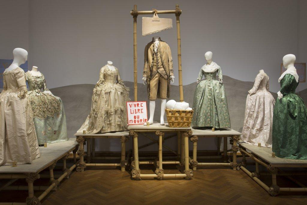 Vue de l'exposition Femmes Fatales - Gemeentemuseum La Haye (1)