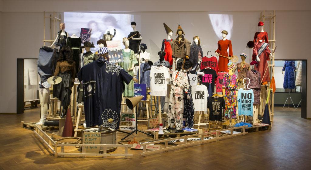 Vue de l'exposition Femmes Fatales - Gemeentemuseum La Haye (6)