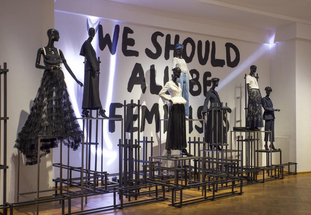 Vue de l'exposition Femmes Fatales - Gemeentemuseum La Haye (7)
