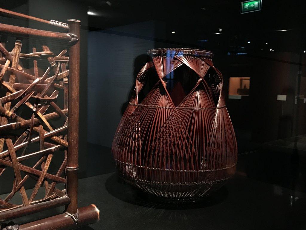 Vue de l'exposition Fendre l'air, l'art du bambou au Japon - Musée du Quai Branly - Jacques Chirac (35)