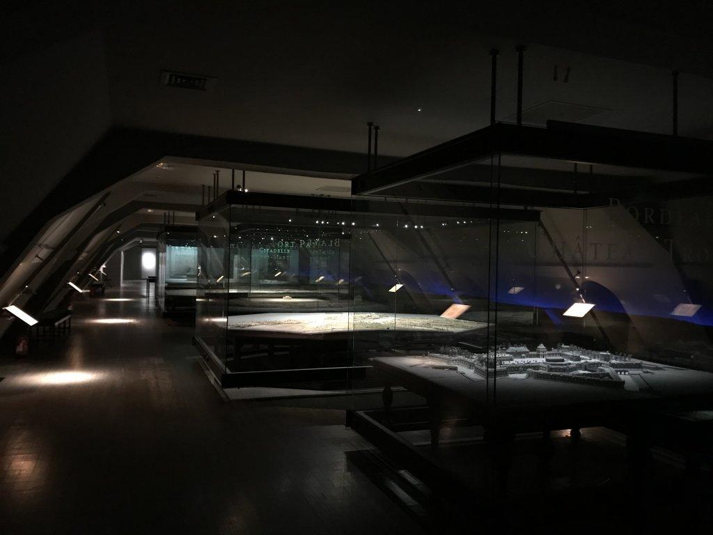 Vue de l'exposition Mont Saint-Michel, regards numériques sur la maquette - Musée des Plans-reliefs (17)