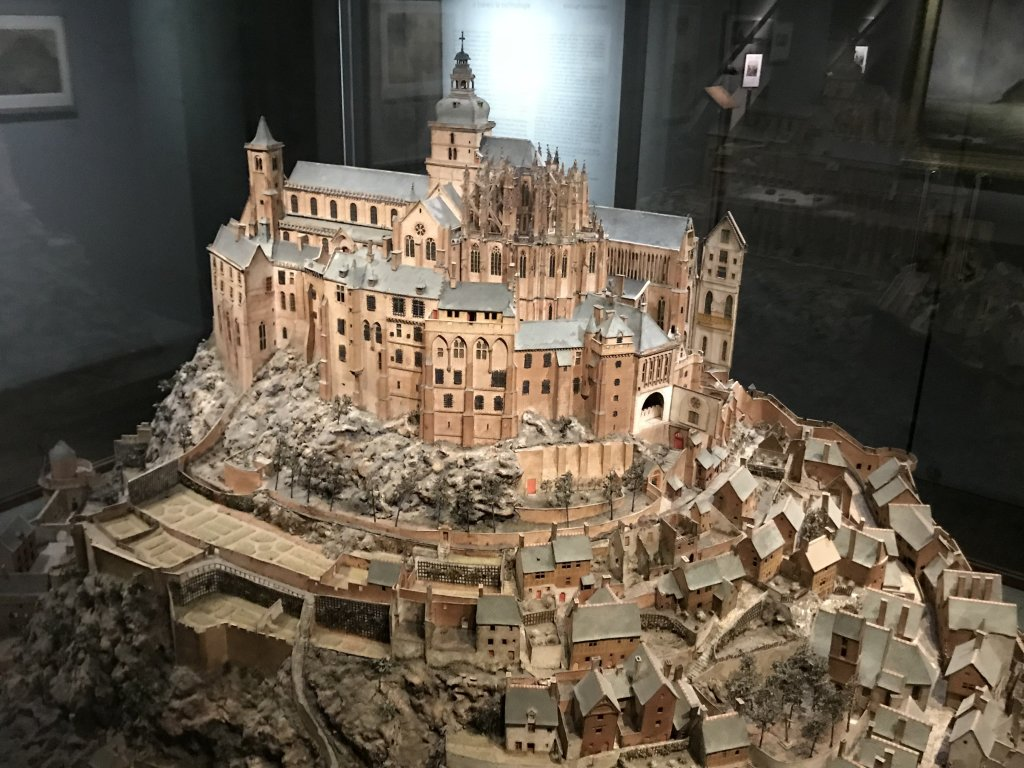 Vue de l'exposition Mont Saint-Michel, regards numériques sur la maquette - Musée des Plans-reliefs (8)