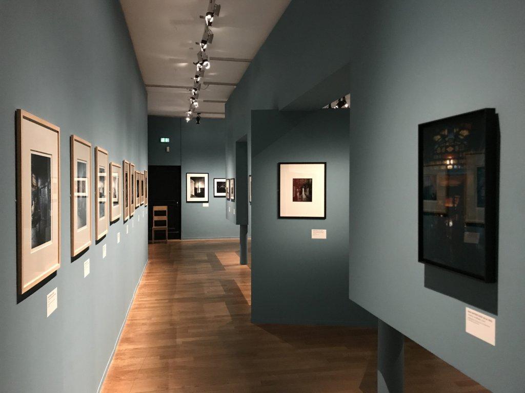 Vue de l'exposition - Portrait d'une maison - Maison de Victor Hugo - Paris (14)