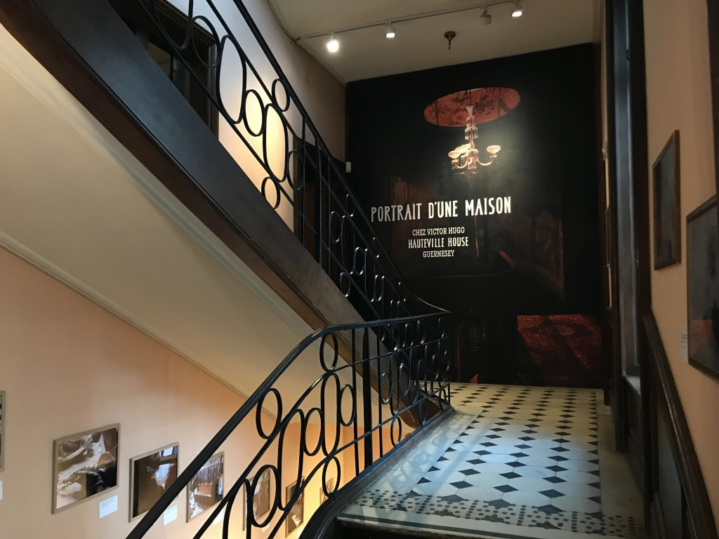 Vue de l'exposition - Portrait d'une maison - Maison de Victor Hugo - Paris (2)