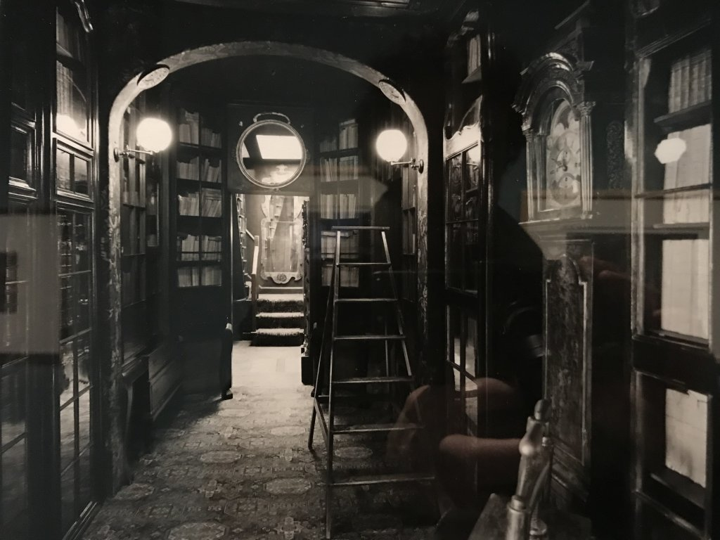 Vue de l'exposition - Portrait d'une maison - Maison de Victor Hugo - Paris (28)