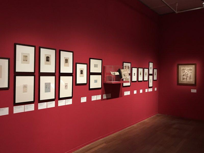 Vue de l'exposition - Portrait d'une maison - Maison de Victor Hugo - Paris (42)