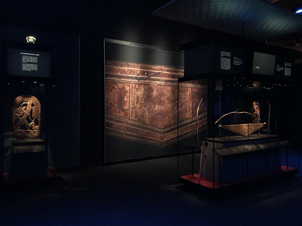 Vue de l'exposition Toutankhamon, la Grande Halle de la Villette, Paris (8)