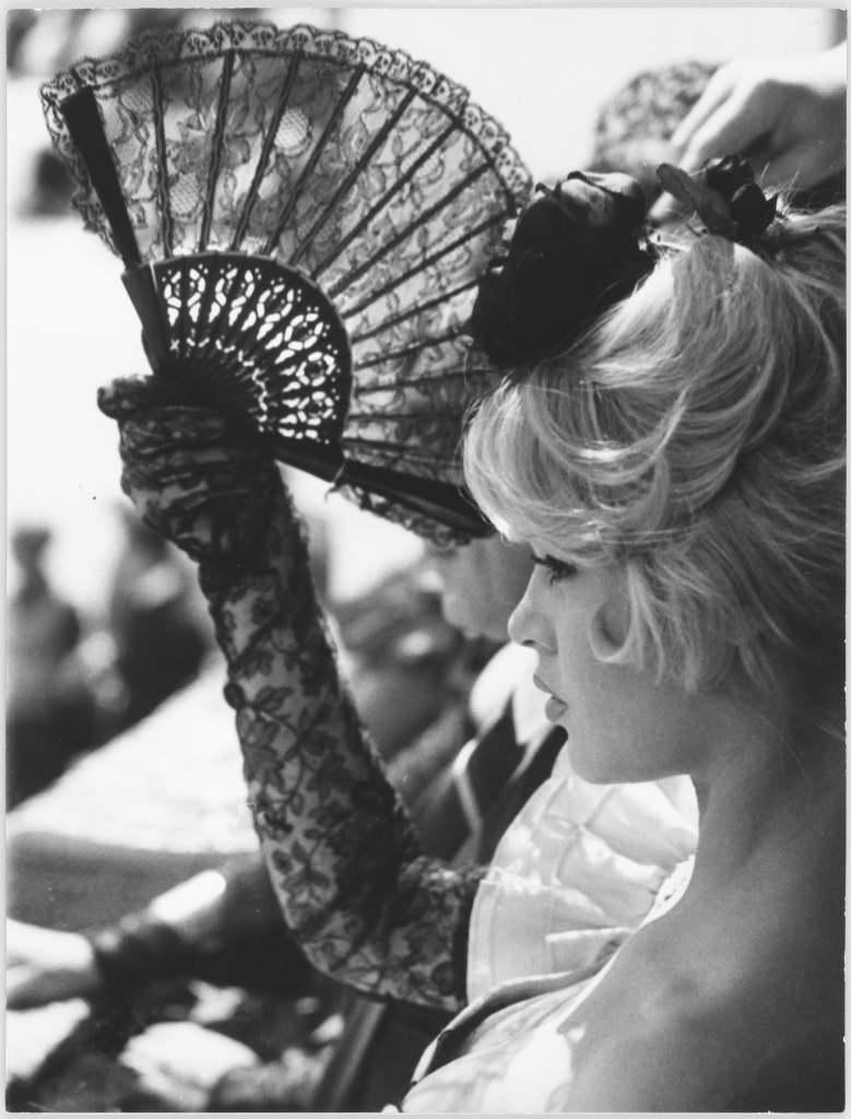 B. Bardot, La Femme et le pantin - Photographie de Roger Corbeau