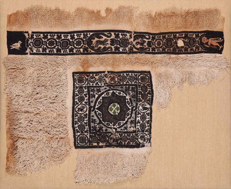 Lin et laineChaîne: 65 cm, trame: 85 cmÉgypte, 4e-6esiècle Don de Maria Luise Fill et Robert Trevisiol, Coll. Fondation Roi Baudouin
