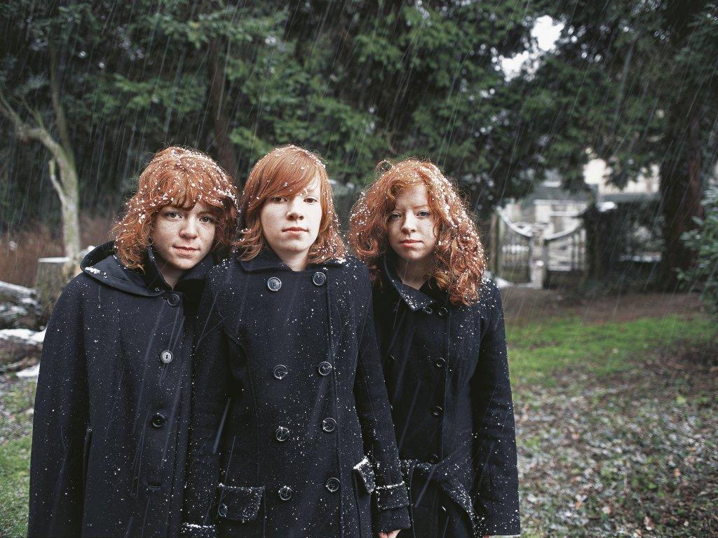 Geneviève Boutry, Les Trois Sœurs, 2009, argentique, Tirage sur papier