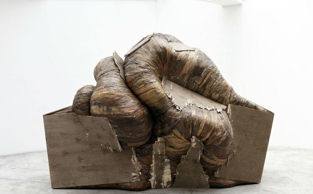 Henrique Oliveira, Boxoplasmose 2011 - Courtesy Galerie GP & N Vallois © Aurélien Mole