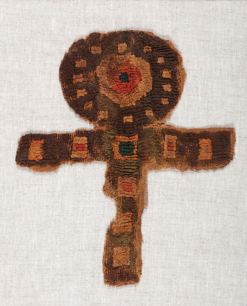 Lin et laineChaîne: 21 cm, trame: 17,5 cmÉgypte, 3e-6esiècles Don de Maria Luise Fill et Robert Trevisiol, Coll. Fondation Roi Baudouin