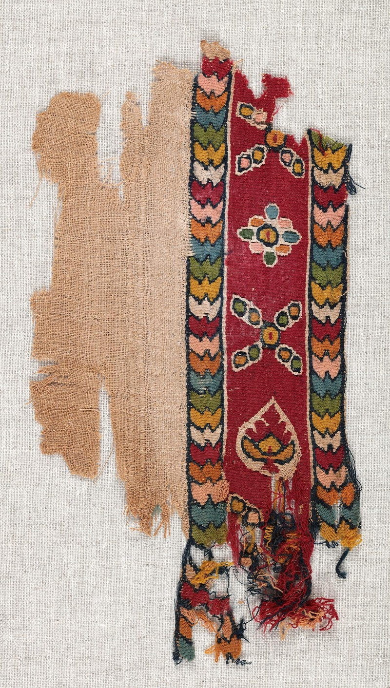 Lin et laineChaîne: 10 cm, trame: 19,5 cmÉgypte, 6e-10esiècle Don de Maria Luise Fill et Robert Trevisiol, Coll. Fondation Roi Baudouin