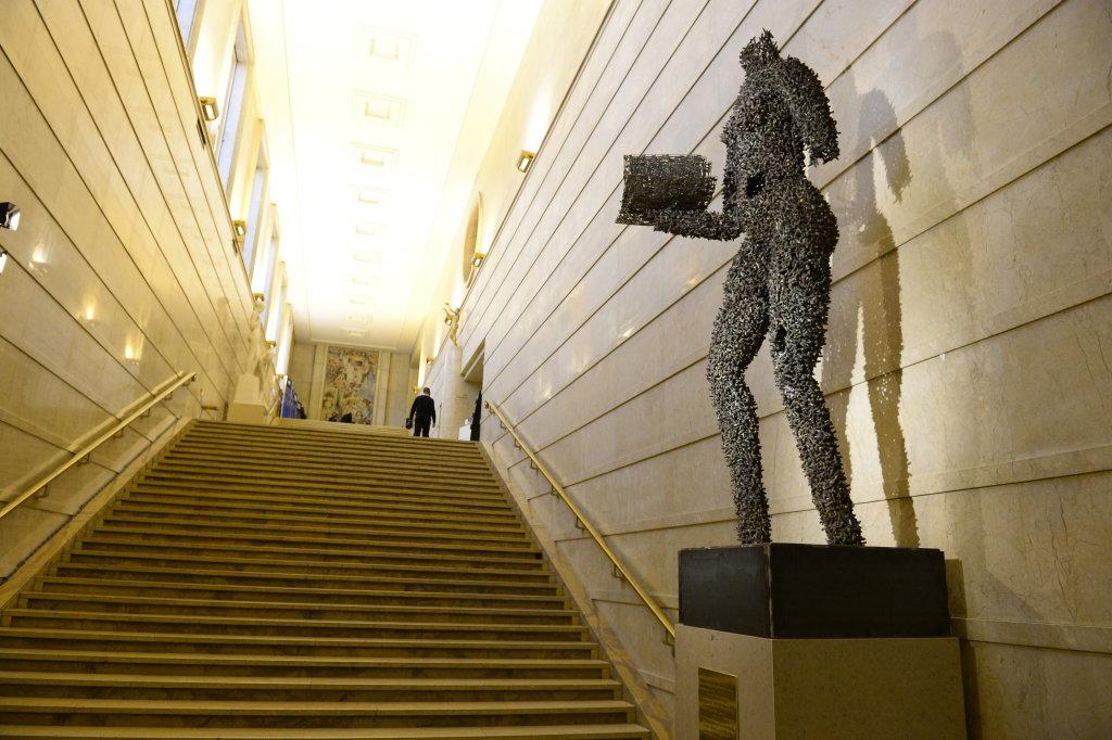 Porteuse de vies de Freddy Tsimba - Don du Manège de Chaillot à Chaillot - Théâtre national de la Danse (4)