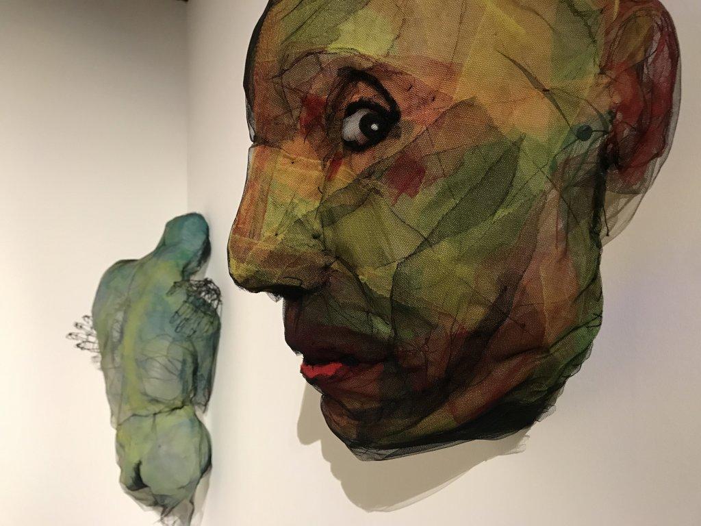 Vue de l'exposition Miniartextil 2019 Le Beffroi, Montrouge (32)