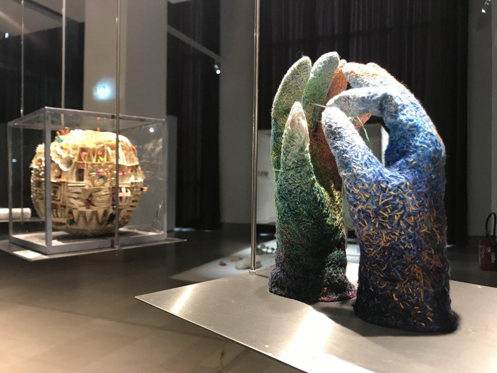 Vue de l'exposition Miniartextil 2019 Le Beffroi, Montrouge (81)