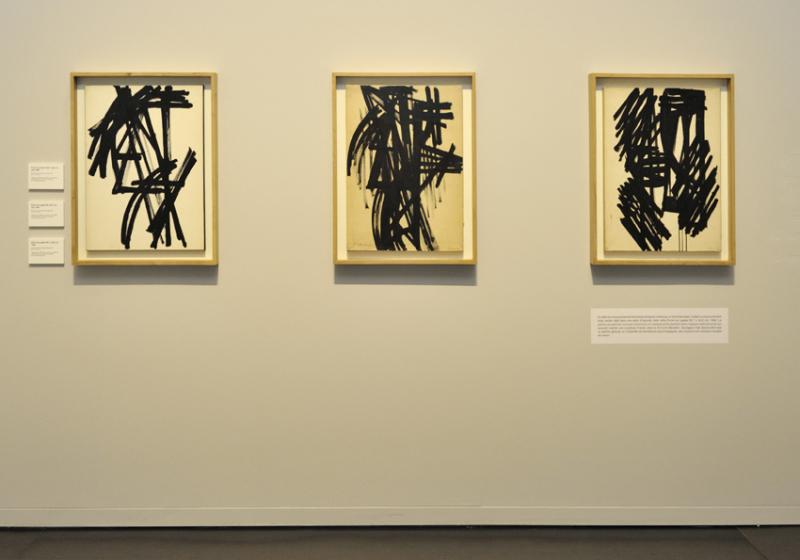 Vue de l'exposition Pierre Soulages, oeuvres sur papier - Musée Soulages, Rodez (18)