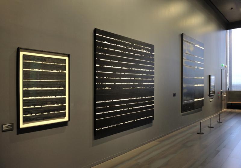 Vue de l'exposition Pierre Soulages, oeuvres sur papier - Musée Soulages, Rodez (24)