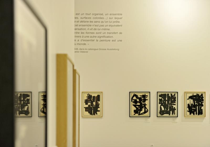 Vue de l'exposition Pierre Soulages, oeuvres sur papier - Musée Soulages, Rodez (28)