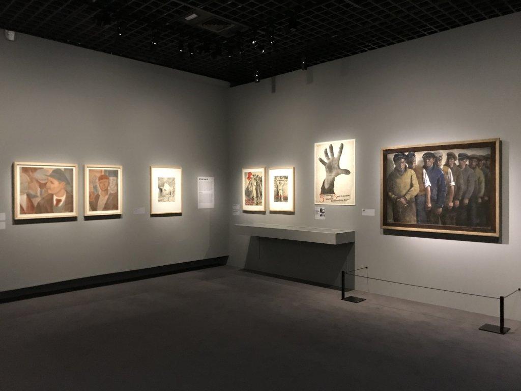 Vue de l'exposition Rouge, Art et utopie au pays des Soviets, Paris (49)