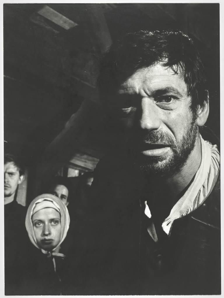 Y. Montand, Les Sorcieres de Salem - Photographie de Roger Corbeau